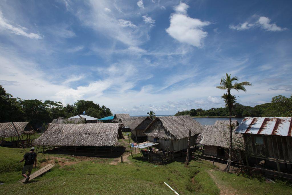 The community of Rio Caña